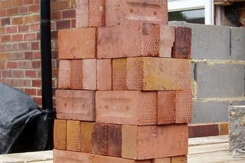 The £1,000 a week bricklayer:  Is this a true reflection?